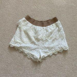 BCBG layered lace short XXS